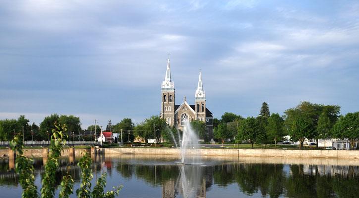 image-fontaine-ville-farnham